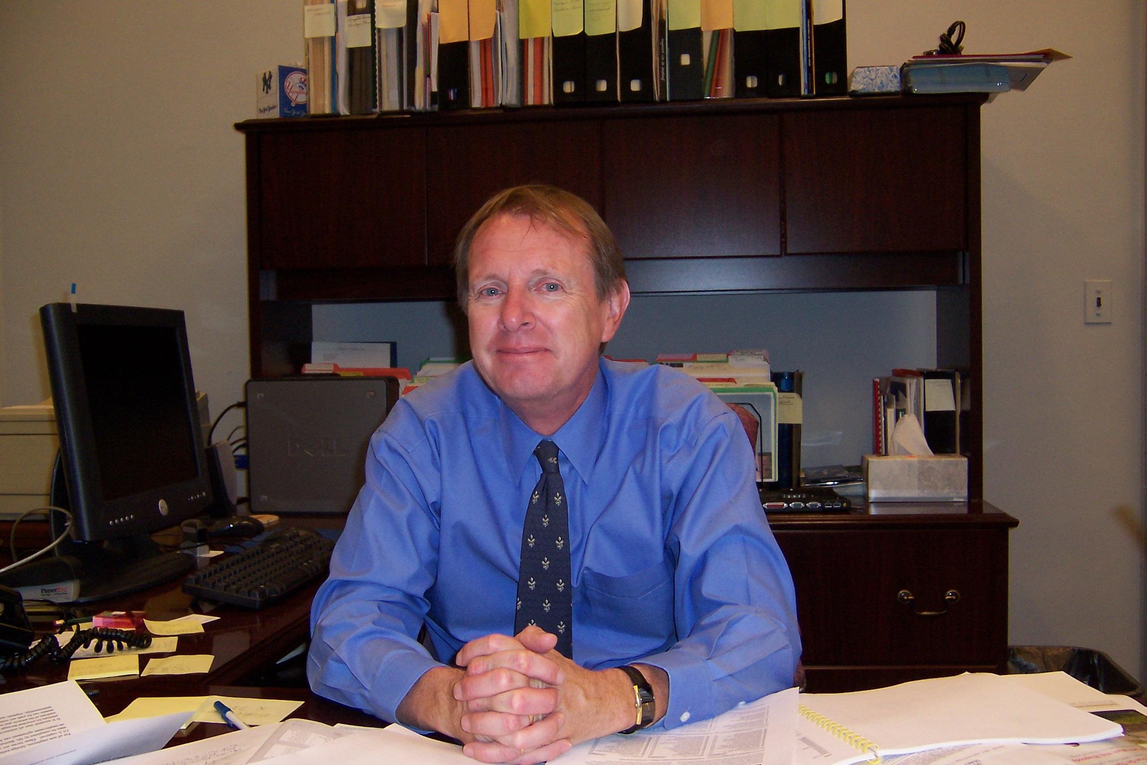Dr. Tim Ward